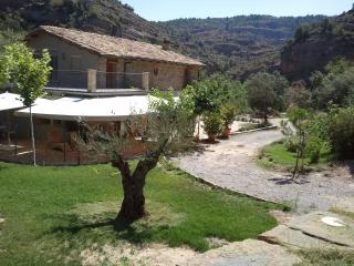 Holiday cottage with garden and barbecue, Province of Huesca