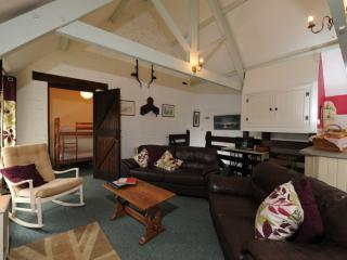 Coach House, Glebe House Cottages located in Holsworthy, Devon, Bude