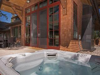 One of A Kind - Luxury - Ski-in Ski-Out Townhome in Northstar, Truckee