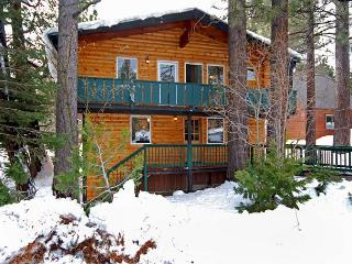 Timber - Pet-Friendly 3BR in Tahow City w/ Tahoe Park HOA - From $200/nt, Tahoe City