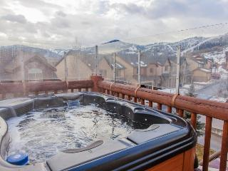 Bear Hollow home w/private hot tub & clubhouse access!, Park City