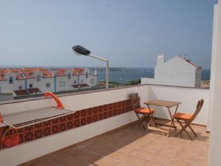 baleal beach townhouse with seaview, Baleal
