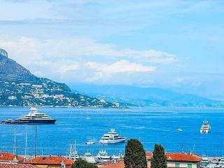 Romantic Apartament with Amazing Sea View ! WI-FI, St-Jean-Cap-Ferrat