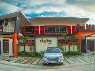 Duplex Plus Hot Spring Resort - Villa 4, Los Banos