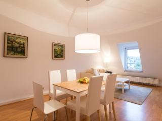 modern 2 bedroom appartment in front of the park, Bad Homburg