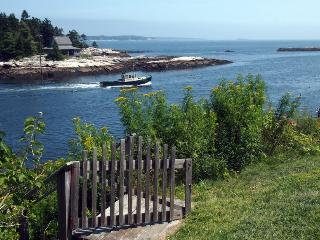 MERWICK COTTAGE | FIVE ISLANDS | GEORGETOWN, MAINE | WATER-FRONT| OCEAN VIEWS & ACCESS | PRIVATE DOCK & FLOAT, Boothbay