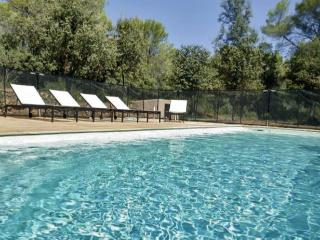 Charming bastide with private pool, Cotignac