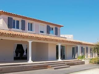 Beautiful villa with exotic view!, Les Issambres
