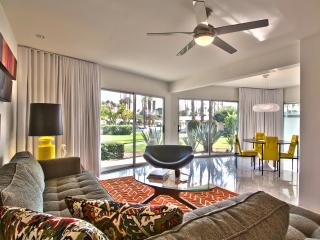 Mid-Century Luxury Condo in Downtown Palm Springs
