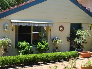 Jacaranda Cottage, Epping