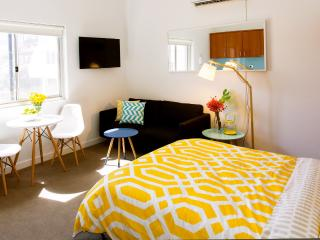 BOUTIQUE STUDIO APARTMENT ON BONDI BEACH, Bondi