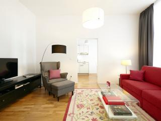 ALL INCLUSIVE Newly Refurbished 1 Bed Apt THERESIA, Vienna