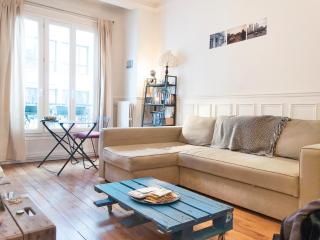 Lovely,typically Parisian 1BR for 4-Montmartre