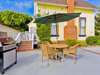 3 Home Historic Compound  perfect for large groups who want to stay together, La Jolla