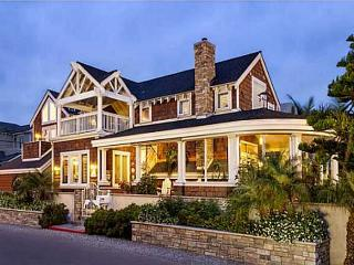 Luxury Del Mar craftsman home w/ocean views steps to the sand