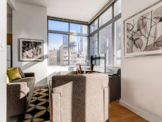 Lux Chelsea Studio w/gym, deck, New York City