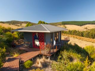 Otway Escapes Love Shack, Pennyroyal