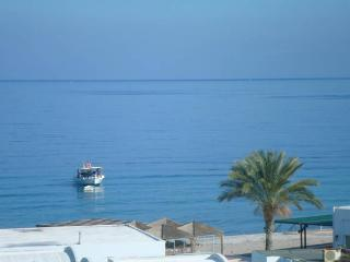 Sea view  apartment  50m from the beach., Rhodes Town