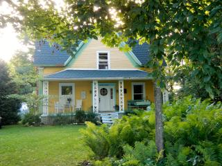 Charming victorian cottage, Hatley