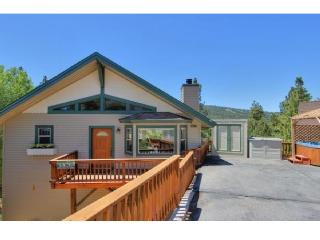 BIG BEAR LAKE house. STUNNING VIEWS of ski slopes!, Big Bear Lake