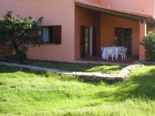 Relaxing 3 Bed Villa, Beach, Shops+Restnt. 200m., Badesi
