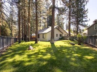 #43 ALDER Bring your best friend! $200.00-$235.00 BASED ON FOUR PEOPLE OCCUPANCY AND NUMBER OF NIGHTS (+ county tax, SDI and Processing fee), Plumas County