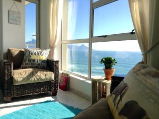 On the Beach with Spectacular Views - Blouberg, Cape Town