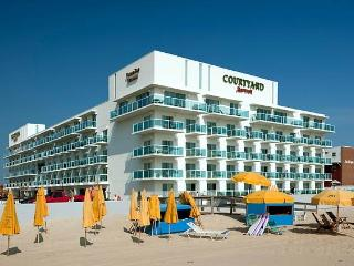*** NEW Luxury 2 BR Condo on the Boardwalk, Ocean City