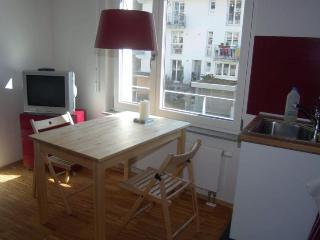 Vacation Apartment in Freiburg im Breisgau - 484 sqft, 1 living room / bedroom, max. 4 people (# 6487), St. Georgen