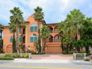 Bradenton Beach Club #C - Beachfront - 3 BR/2.5 BA