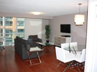 CN Tower/Rogers Centre 2 Bedroom, Toronto