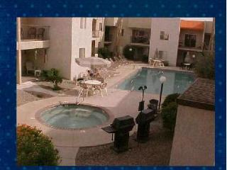 Condo C-41  Walk to the Lake and Park, Lake Havasu City