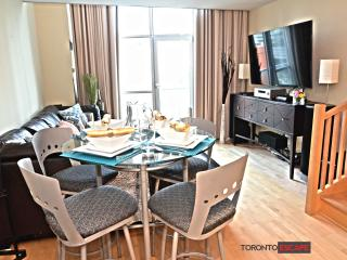Luxury SoHo Loft - Heart of Entertainment District, Toronto