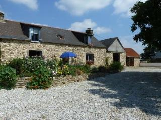 Beautiful French barn set in fantastic countryside, Saint-Thois