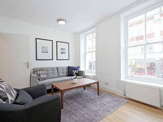 77. 2BR FLAT - COVENT GARDEN - SOHO - WEST END, London