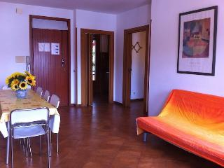 Apartment GIRASOLE, Marina Di Massa