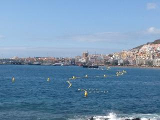 Two-bedroom apartment in Arona, Tenerife, with panoramic-view terrace - 170m from the beach!
