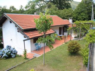 House with garden in a wonderful surrounding, Ghiffa