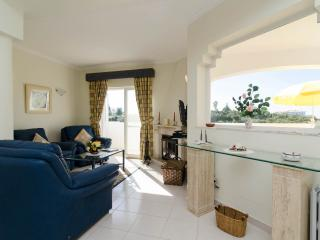 2 Bedroom Duplex Apartment Vale do Milho Carvoeiro