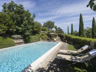 VILLA CITTINA with Pool by KlabHouse, Cetona