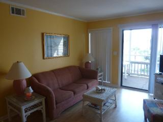 Beautiful and Comfortable Condo in Pelican's Watch, Myrtle Beach