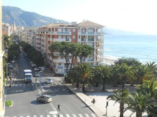 Spectaclar sea view penthouse S1, Menton