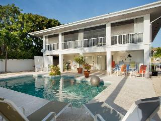 30 night minimum stay requirement.  Key Haven Retreat - 4 Bedroom House with, Key West