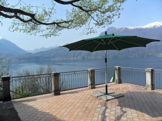 Exclusive Villa Crotto Lake View, Varenna