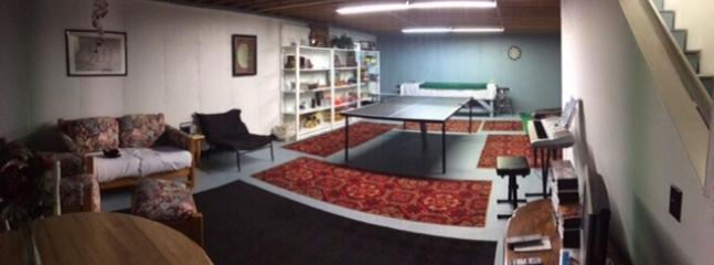 GAME ROOM,PING PONG, TV WITH MOVIES & LOTS OF GAMES FOR KIDS