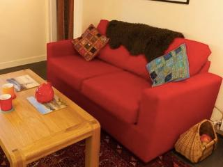 The Wee Red House - welcoming, bright and cosy :-), Thurso