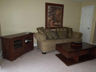 Furnished 2-bedroom across from beach, Biloxi