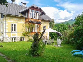 Lovely flat in Austria with mountain views, Bad Ischl