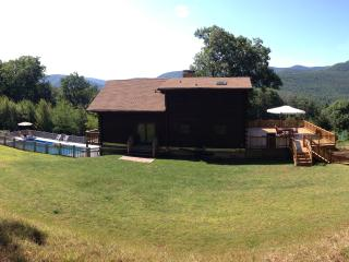 Secluded Catskill Chalet - Stunning Mountain Views, Woodstock