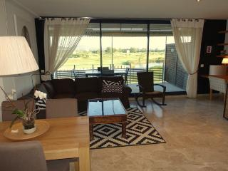 Golf &Beach Resort luxury condominium penthouse, Pals